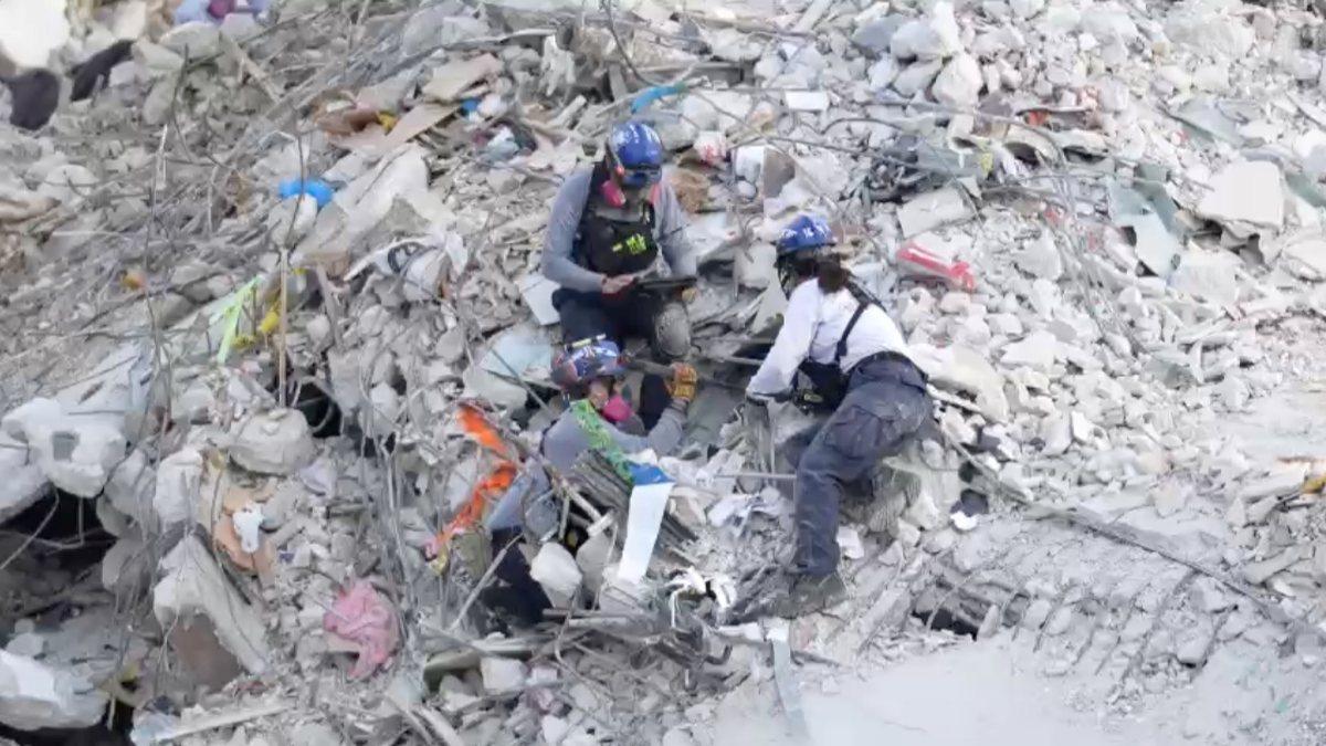 ABD'de çöken binadaki son ceset çıkarıldı