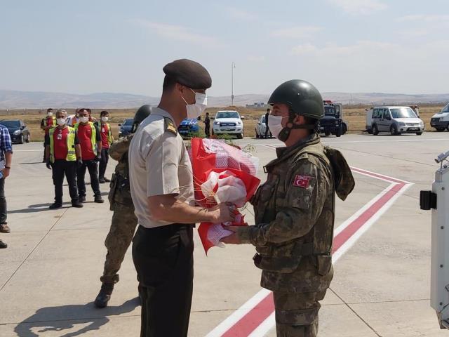 """MSB: """"20 yıl boyunca Afganistan görevini başarıyla yerine getiren TSK personelimizin tahliyeleri tamamlandı"""""""