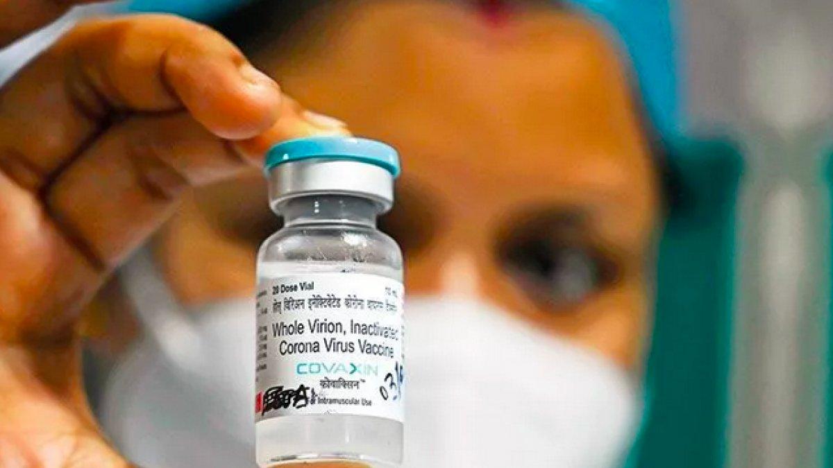 Tanzanya ilk defa koronavirüs aşısı aldı