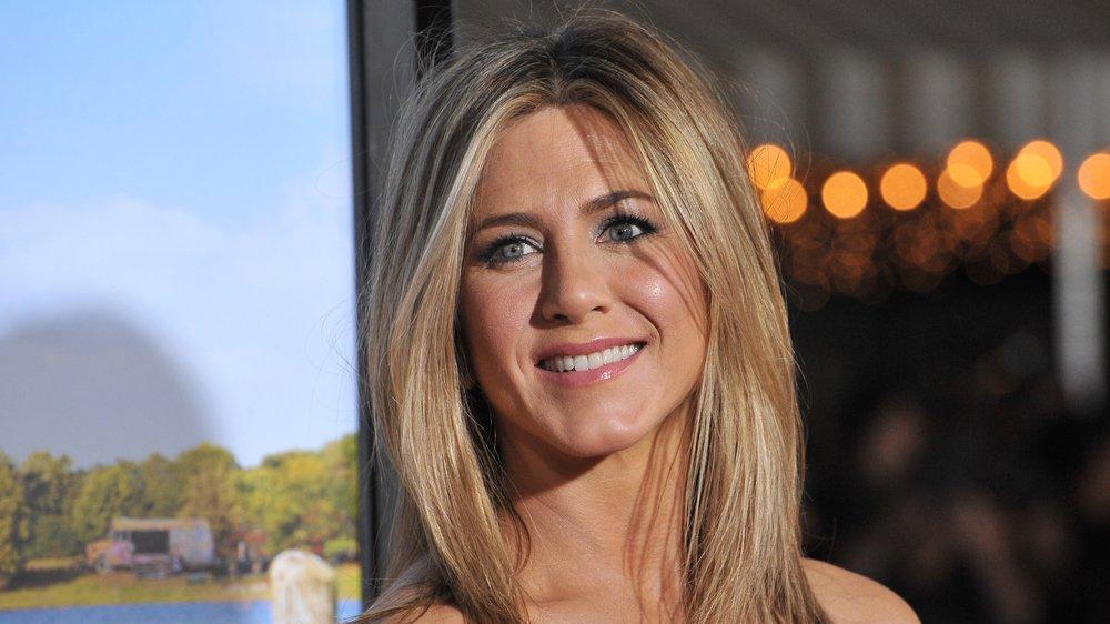 Ünlü oyuncu Jennifer Aniston'dan aşı olmayanlara mesaj